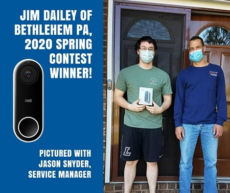 2020 Contest winner with Service Manager